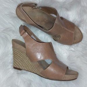 Aerosoles Miss Plush Tan Wedge Sandal